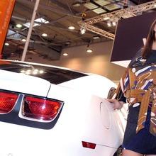 2010-Essen-Motor-Show-Babes-06