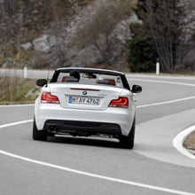 2011-BMW-Series-1-Coupe-Convertible-20