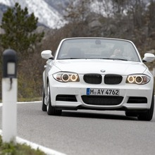 2011-BMW-Series-1-Coupe-Convertible-21