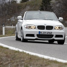 2011-BMW-Series-1-Coupe-Convertible-22