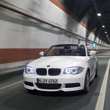 2011-BMW-Series-1-Coupe-Convertible-24