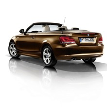 2011-BMW-Series-1-Coupe-Convertible-28