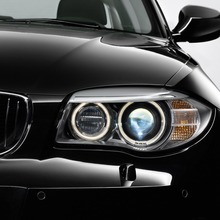 2011-BMW-Series-1-Coupe-Convertible-32