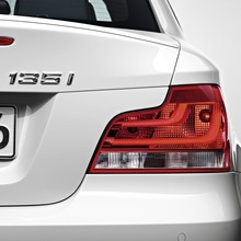 2011-BMW-Series-1-Coupe-Convertible-45