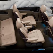2011-Buick-GL8-20