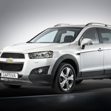 2011-Chevrolet-Captiva-SUV-1