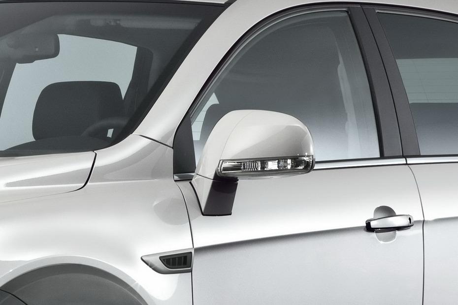 2011-Chevrolet-Captiva