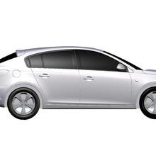 2011-Chevrolet-Cruze-Hatchback-Model-02