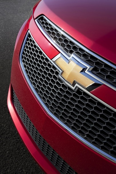 2011-chevy-cruze-rs-1
