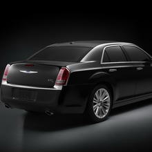 2011-Chrysler-300-25