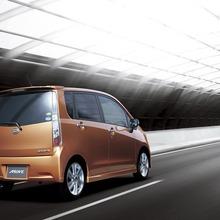 2011-Daihatsu-Move-18
