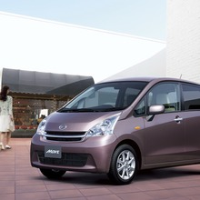 2011-Daihatsu-Move-8