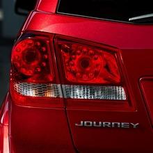2011-Dodge-Journey-05
