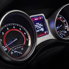 2011-Dodge-Journey-07