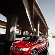 2011-Dodge-Journey-11