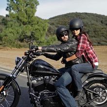 2011-Harley-Davidson-Blackline