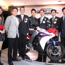 2011-Honda-CBR-150R-FI-10