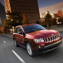 2011-Jeep-Compass-03
