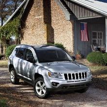 2011-Jeep-Compass-09