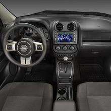 2011-Jeep-Compass-15