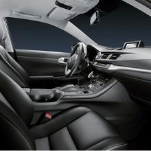 2011-Lexus-CT-200h-22