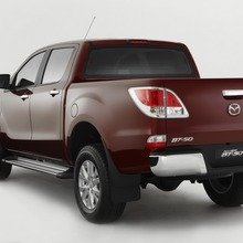2011-Mazda-BT-50-Official