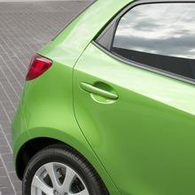 2011-Mazda2-20