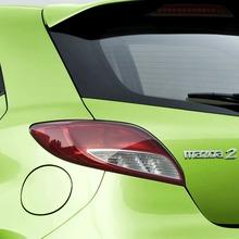 2011-Mazda2-21