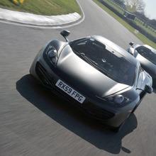 2010-McLaren-MP4-12C-08