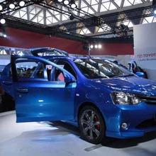 2011-Toyota-Etios-Liva-07