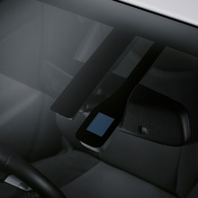2011-Toyota-Prius-Thailand-06