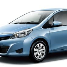 2011-Toyota-Vitz