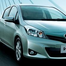 2011-Toyota-Vitz-20