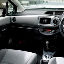 2011-Toyota-Vitz-24