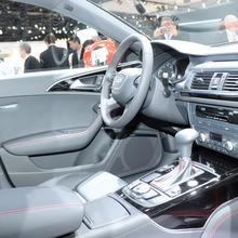 2012-Audi-A6-Live-12