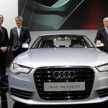 2012-Audi-A6-Live-13