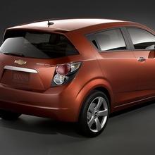 2012-Chevrolet-Cruze-Sonic-03
