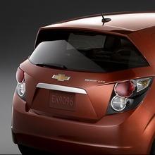2012-Chevrolet-Cruze-Sonic-04