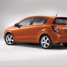 2012-Chevrolet-Sonic-13