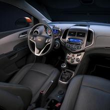 2012-Chevrolet-Sonic-27