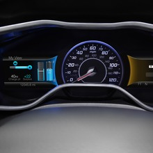 2012-Ford-Focus-Electric-35