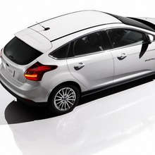 2012-Ford-Focus-Electric-56