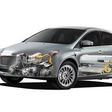 2012-Ford-Focus-Electric-60