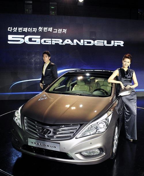 2012-Hyundai-Grandeur-Korea-02