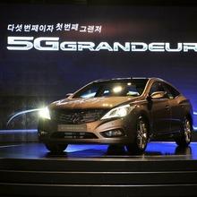 2012-Hyundai-Grandeur-Korea-03