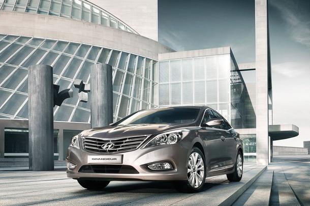 2012-Hyundai-Grandeur-Korea-07