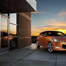 2012-Hyundai-Veloster-Official-17