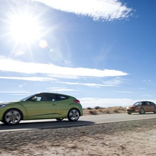 2012-Hyundai-Veloster-Official-29