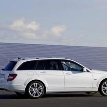 2012-Mercedes-Benz-C-Class-Facelift-21
