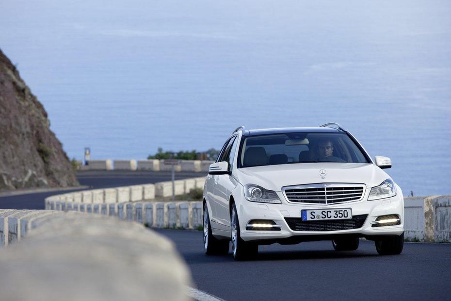 2012-Mercedes-Benz-C-Class-Facelift2